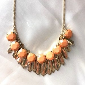NEW‼️Charming Charlie bronze and coral necklace